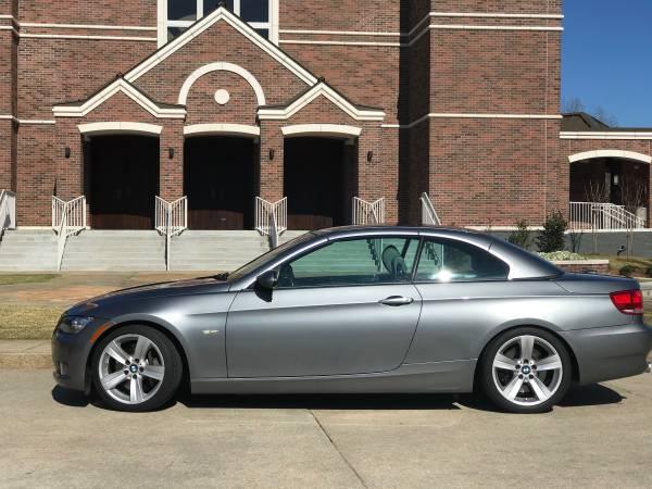 Photo BMW 335i Hardtop Convertible, low, low miles - $12400 (Hattiesburg)