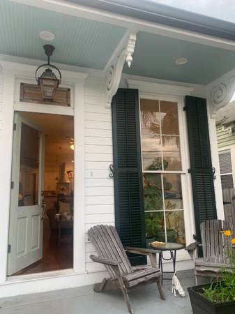 Photo Bedrooms available, in beautiful and renovated mid city house (Mid-City Esplanade  Broad)