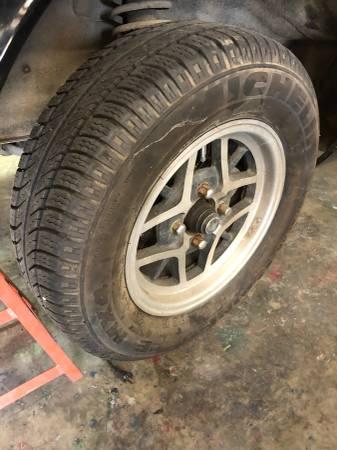 Photo Datsun Z wheelstires - $350 (Carriere, Ms.)