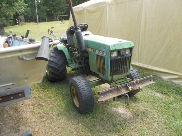 Photo John Deer 650 Tractor for sale - $3,500 (Hattiesburg)