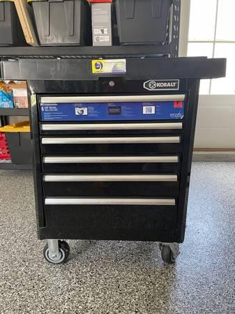 Photo Kobalt Tool Box with Wheels - $75 (Ocean Springs)