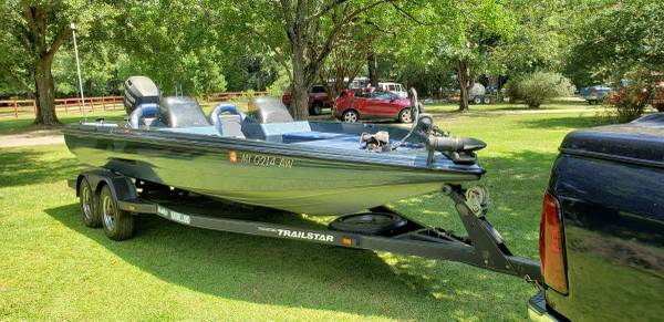 Photo TRACKER NITRO BASS BOAT - $6800 (Hattiesburg)