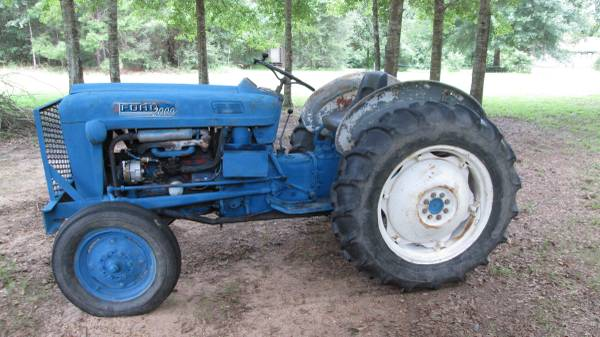 Photo wanted steering gear assembly for Ford tractor - $1 (sandy hook ms.)