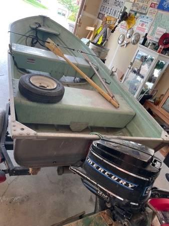 Photo 12 ft Aluminum boat, trailer, motor - $1,100 (Helena - Saddle Drive)