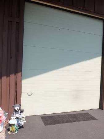 Photo 12 ft tall x 9ft4quot wide Garage Door w Rails -- White -- Like New - $330 (MSOLolo)