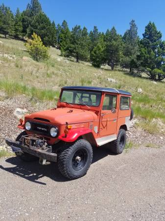 Photo 1975 Toyota FJ 40 with spare parts - $9,650