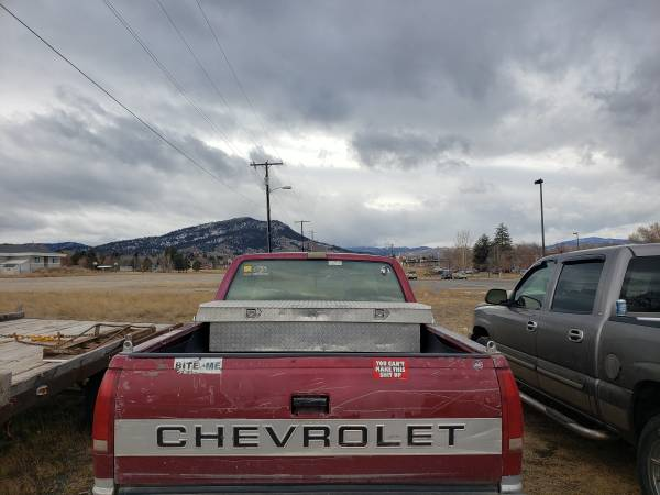 Photo 1992 Chevy 1500 - $2800 (Helena)