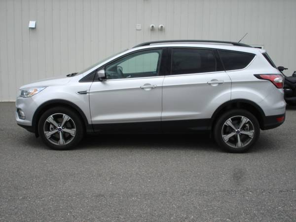 Photo 2017 Ford Escape SE Only 18k miles See Note - $15995 (Value Auto Sales - Helena)
