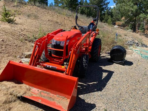 Photo 2019 Kubota Tractor - $18,500 (Clancy)