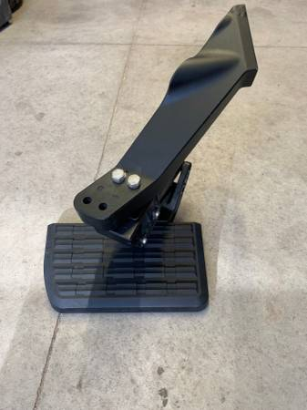 Photo AMP Research Bed Step for a 2011-2016 F 250F 350 Super Duty Pick Up - $125 (Belgrade)