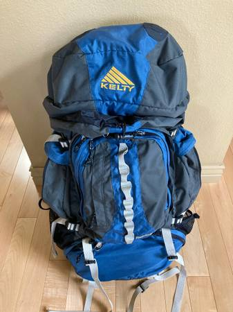 Photo Kelty Backpack Redcloud 5000W - $50 (Helena)