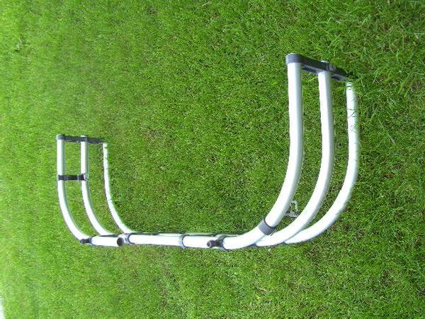 Photo Possibly Older Toyota Tundra OEM truck bed extender - $100 (Helena)