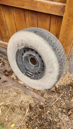 Photo Spare tire and rim for Tundra - $20 (Helena)