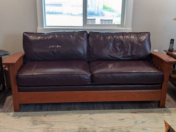 Photo Stickley Mission Style Sofa - $1,500 (Butte)