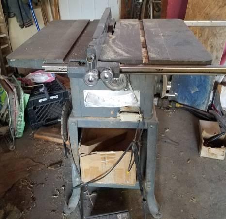 Photo Vintage Craftsman Table Saw - $30 (East Helena)