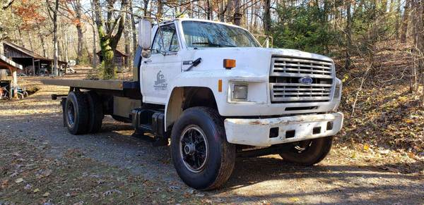 Photo 1981 Ford f-600 - $9000 (Hickory NC)