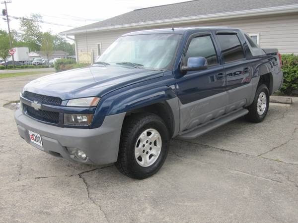Photo 2002 CHEVY AVALANCHE Z71 4X4 CLEAN LOCAL TRUCKTURN-KEY READY - $6498 (eQualityMotors Hickory, NC)