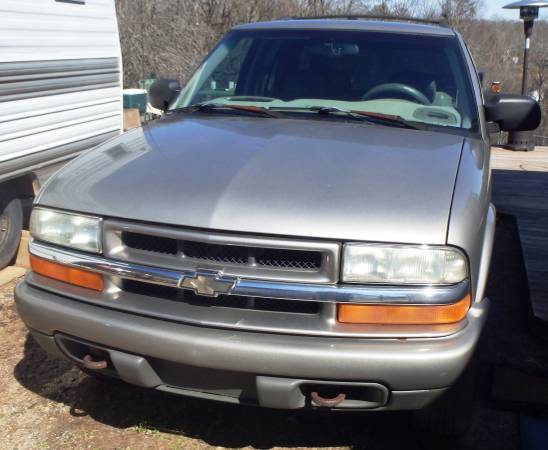Photo 2002 Chevy Blazer For parts or repair - $500 (Taylorsville)