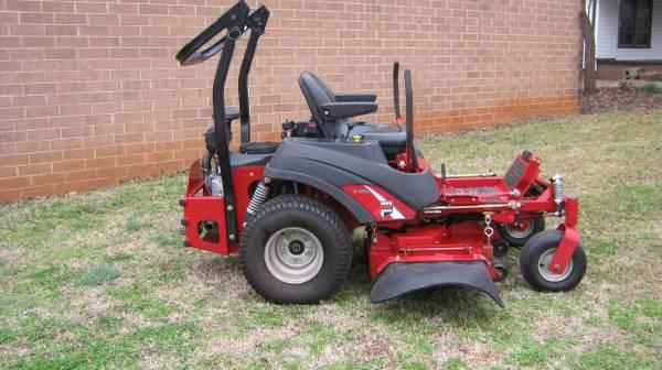 Photo 2011 Ferris IS1500Z zero turn mower 20HP 48quot cut - $2850 (MAIDEN)