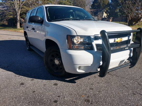 Photo 2013 Chevrolet Tahoe Police Package runs and drives well - $9000 (Hickory, NC)