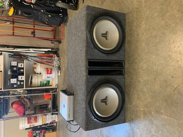 Photo 2 12 INCH JL AUDIO Used Sub Woofers w AMP and box included - $600 (Hickory)