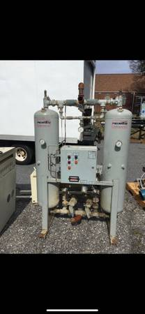 Photo Air compressor air dryer - $500 (Hickory)