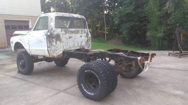 Photo Chevy 1 ton - $4,000 (Lenoir)