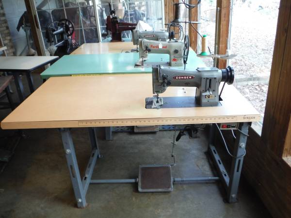Photo Consew 206RB1 Industrial Walking Foot Leather Sewing Machine w Reverse - $1275 (Taylorsville, NC)