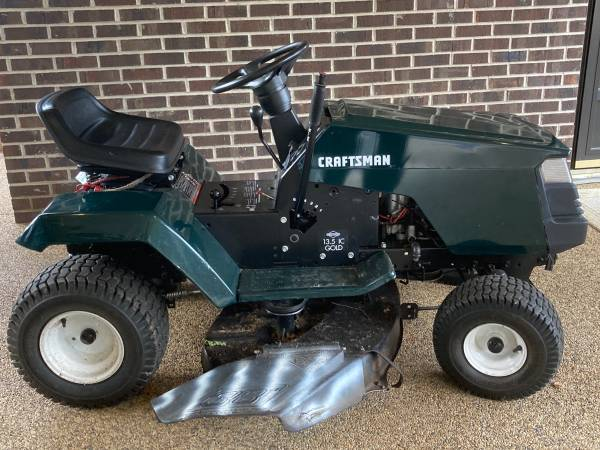 Photo Craftsman 38 13.5hp Lawn Tractor $400 OBO - $400 (Granite Falls)