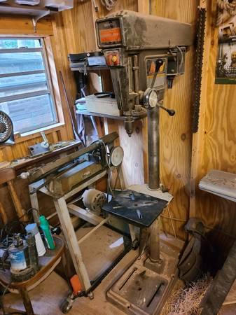Photo Craftsman Drill Press - $100 (Valdese)