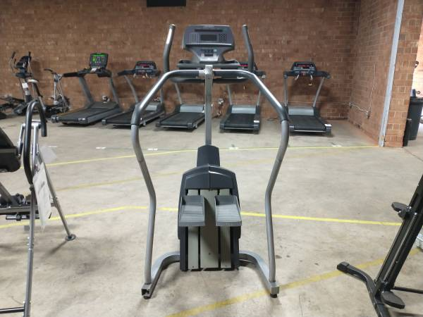 Photo Life Fitness Stepper - Used - $450 (Hickory)