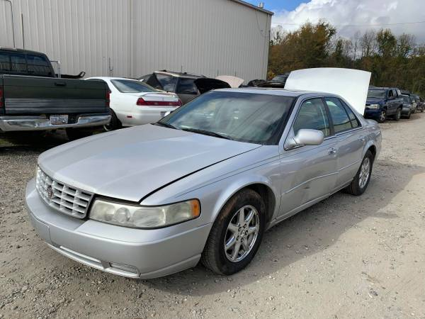 Photo PARTING OUT 03 CADILLAC SEVILLE 4.6 AUTO GOOD ENGINE TRANSMISSION (FOREST CITY NC)