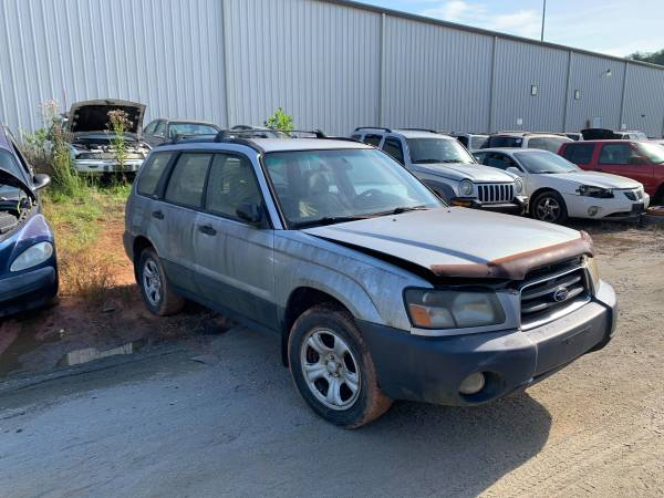 Photo PARTING OUT 2003 SUBARU FORESTER 2.5 AUTO AWD GOOD TRANSMISSION PARTS (FOREST CITY NC)