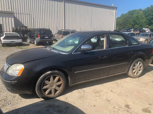 Photo PARTING OUT 2006 FORD FIVE HUNDRED 3.0 GOOD TRANSMISSION NICE PARTS (FOREST CITY NC)