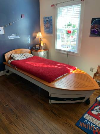 Photo Pottery Barn boat bed, nightstand, and decor - $425 (Shelby)
