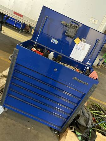 Photo Snap on roll cart tool box - $1,900 (Hickory)