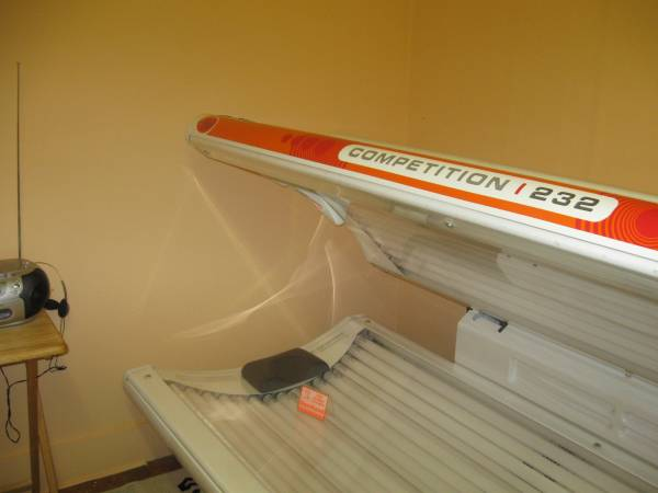 Photo Tanning Bed - $300 (Statesville)