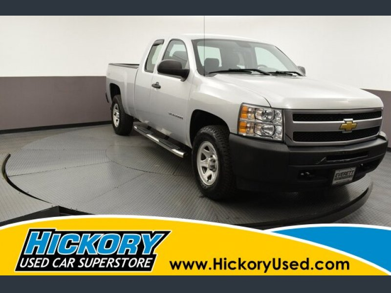 Photo Used 2013 Chevrolet Silverado 1500 4x4 Extended Cab for sale