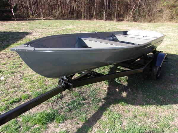 Photo jon boat with trailer - $1,500 (winston salem)
