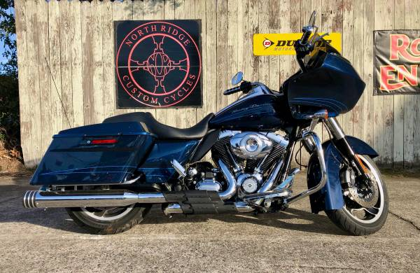 Photo 2013 Harley-Davidson Road Glide Custom - $14,995 (Charleston)