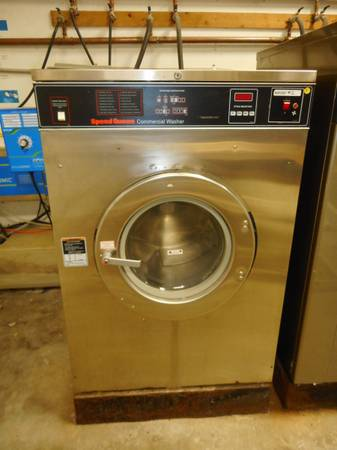 Photo 50 lb SPEED QUEEN COMMERCIAL WASHER - $1,000 (Hilton Head Island)