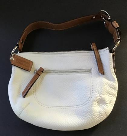 Photo Beautiful BRAND NEW Coach Leather Handbag - $35 (Bluffton, SC)