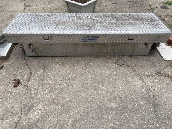 Photo Better built truck toolbox - $50