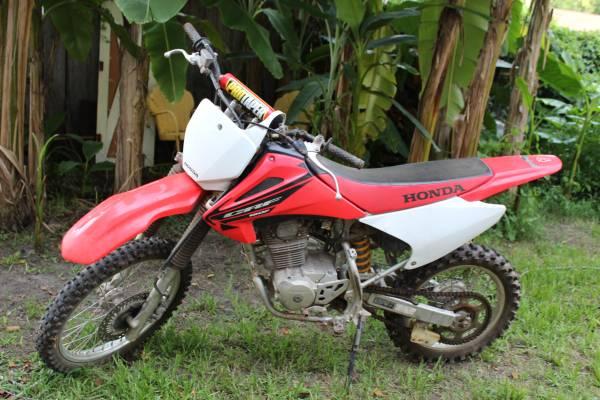 Photo Honda 150 Dirt Bike - $1,200 (Savannah)