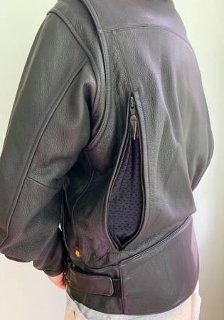 Photo Joe Rocket Power Trip Real Leather Motorcycle Jacket - $98 (okatie)