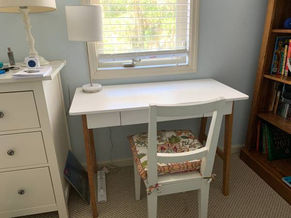 Photo Mid-century Modern White Desk with Drawer - $100 (Hilton Head)