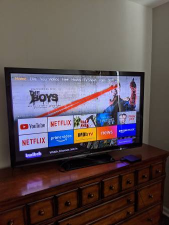 Photo Panasonic tv, 50 inch, with Amazon TV and remote - $99 (Bluffton, sc)