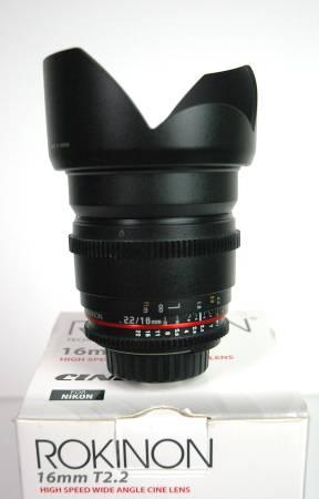 Photo Rokinon High Speed Wide Angle 16mm T2.2 Aperture Nikon F mount Cinema - $250 (West Ashley)