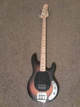 Photo Sterling by Musicman Stingray SUB Series 4 String Bass Guitar - $200 (SummervilleSangaree)