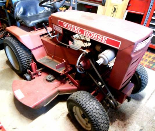 Photo 1976 Wheel Horse B-60 Lawn Mower Garden Tractor - $425 (Holland)